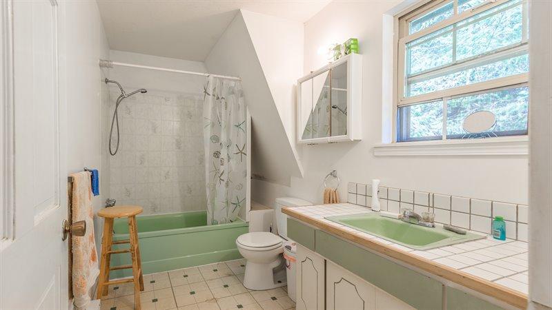 Suite - Bath