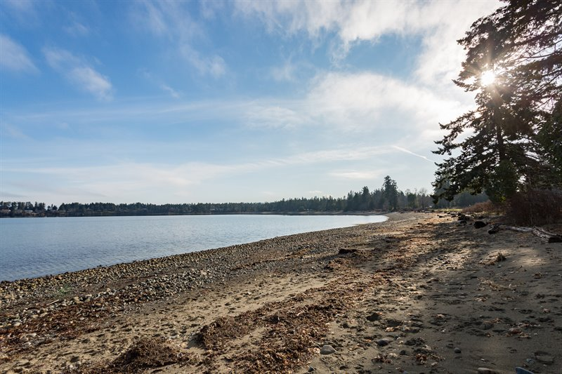 Beach Nearby off Seaway Drive