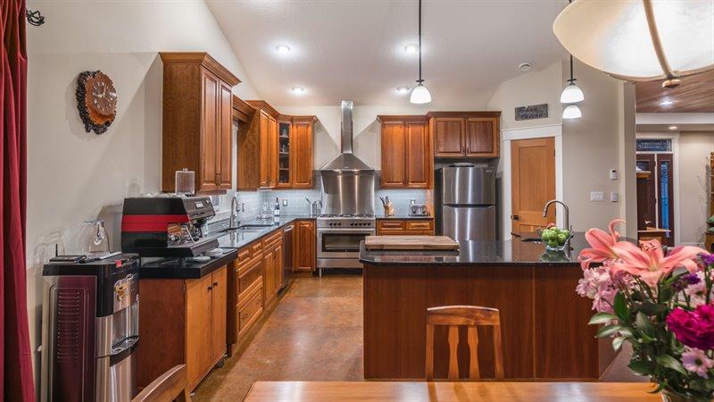 Dining Room | Kitchen